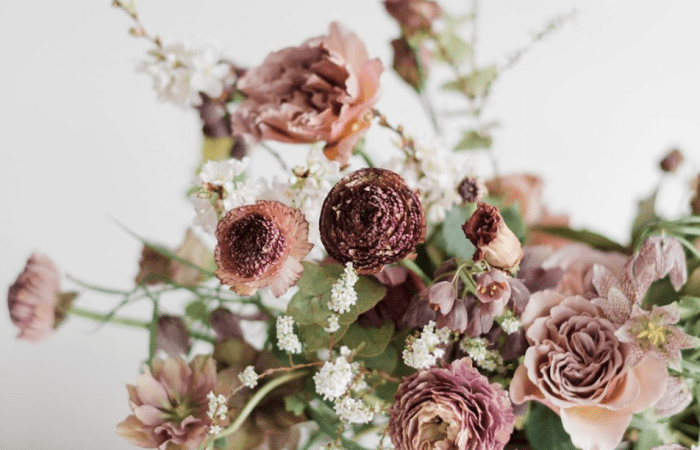 Inspiring + Talented BIPOC Everyone Should Know About :: Wedding/Event Professionals || Floral Designers | Dreamery Events