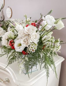 Wild Garden Flowers & Vintage Teas ... a lovely way to say I love you || Dreamery Events