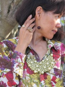 Spring accessories: Lava 9 wooden drop earrings and chunky ring (Berkeley, CA), and Urbanity pearl necklace in mesh (Berkeley, CA).