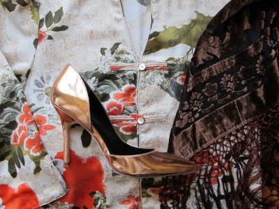 Japanese-inspired print, chocolate burn-out shawl, and shiny bronze pumps.