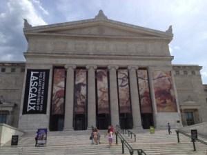 The impressive Field Museum.
