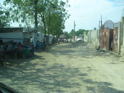 A typical street in Haiti (photo by Sofia).