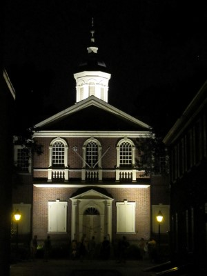 Carpenters' Hall hosted the First Continental Congress in 1774 and home to Franklin's Library Company.