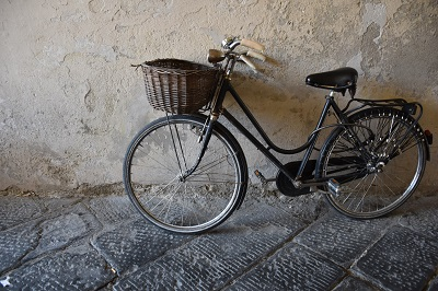 Another bicycle photograph.