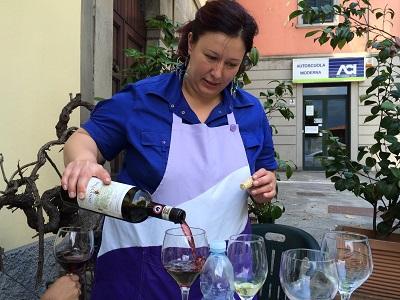 Our delightful server Barbara.