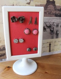 DIY Stud Earring Storage | The Dressy Chick