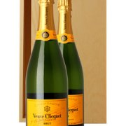 Veuve Clicquot Two Bottle Champagne Gift in Wood 2 x 75cl Bottles