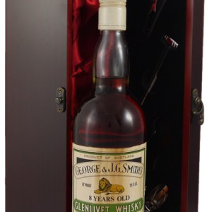 1970's The Glenlivet 8 years old Scotch Whisky (1970's)
