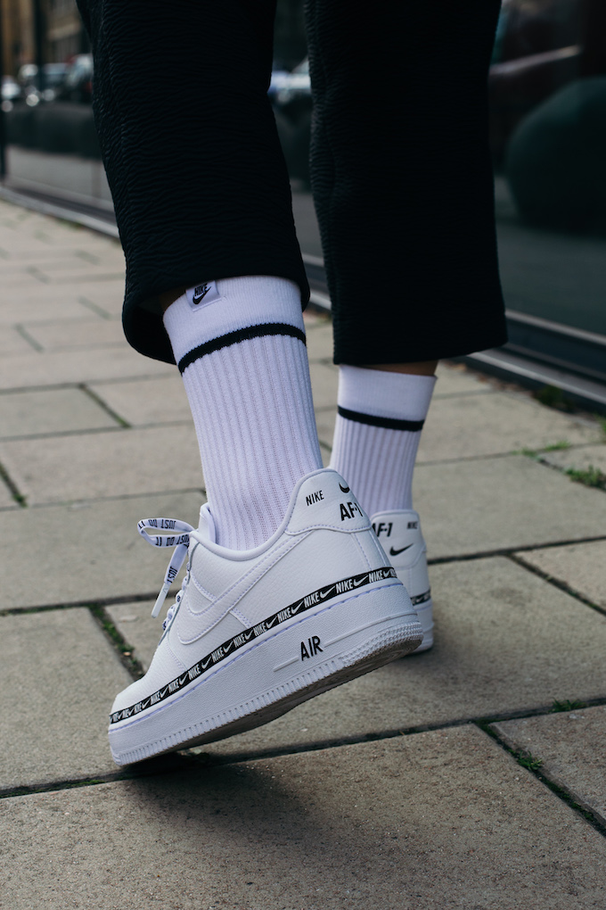 Nike Air Force 1 07 SE Premium Overbranded OnFoot Shots