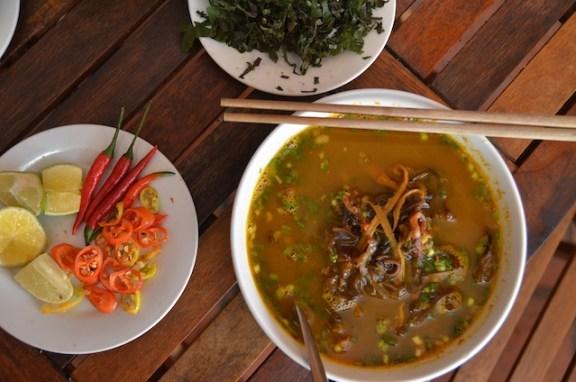Eel vermicelli soup