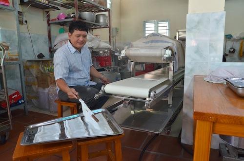 A $5,000 pho-making machine