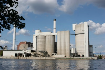 Canon EOS 20D: Cement Works
