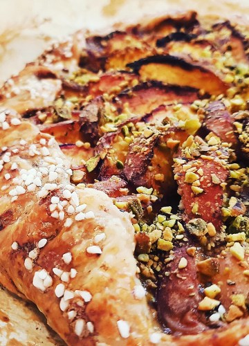 Peach galette with honey and orange blossom