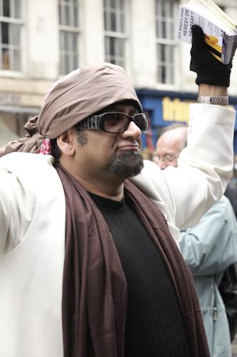 Gadaffi seen on Royal Mile ...