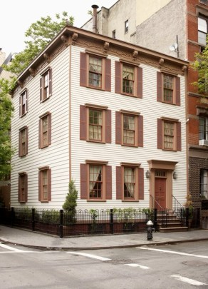 Greenwich Village Home of Donald and Eleanor Taffner