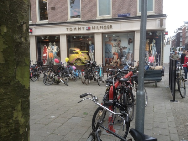 Ali G would definitely get to his favourite shop by bike if he was from the Netherlands