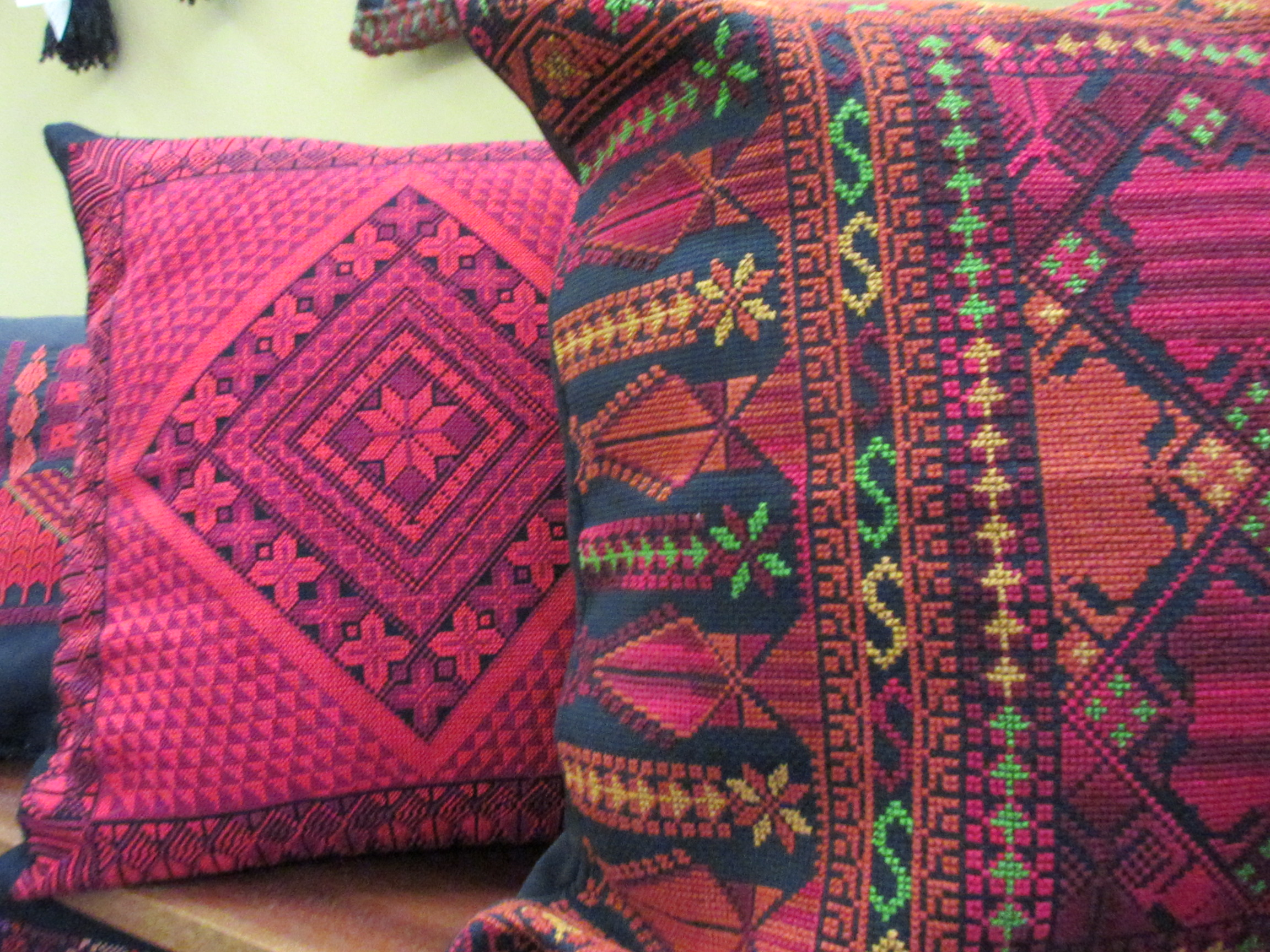 Christmas Gift Idea – Hadeel : Every Stitch Tells A Story   The ...