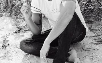 Promotional shot of singer Peter Andre