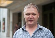 Headshot of Alistair Mackie
