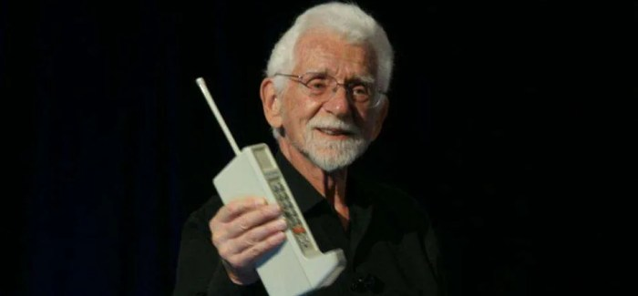 First mobile phone call made 40 years ago today!