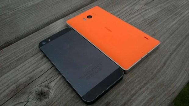Nokia Lumia 930 vs iPhone