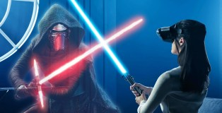 Star Wars Jedi Challenges Lightsaber battle