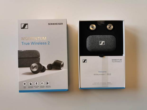 Sennheiser Momentum True Wireless 2 charging case