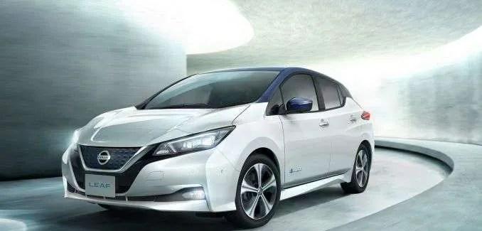 Nissan LEAF Review – 2016 30kWh -vs- 2020 62kWh
