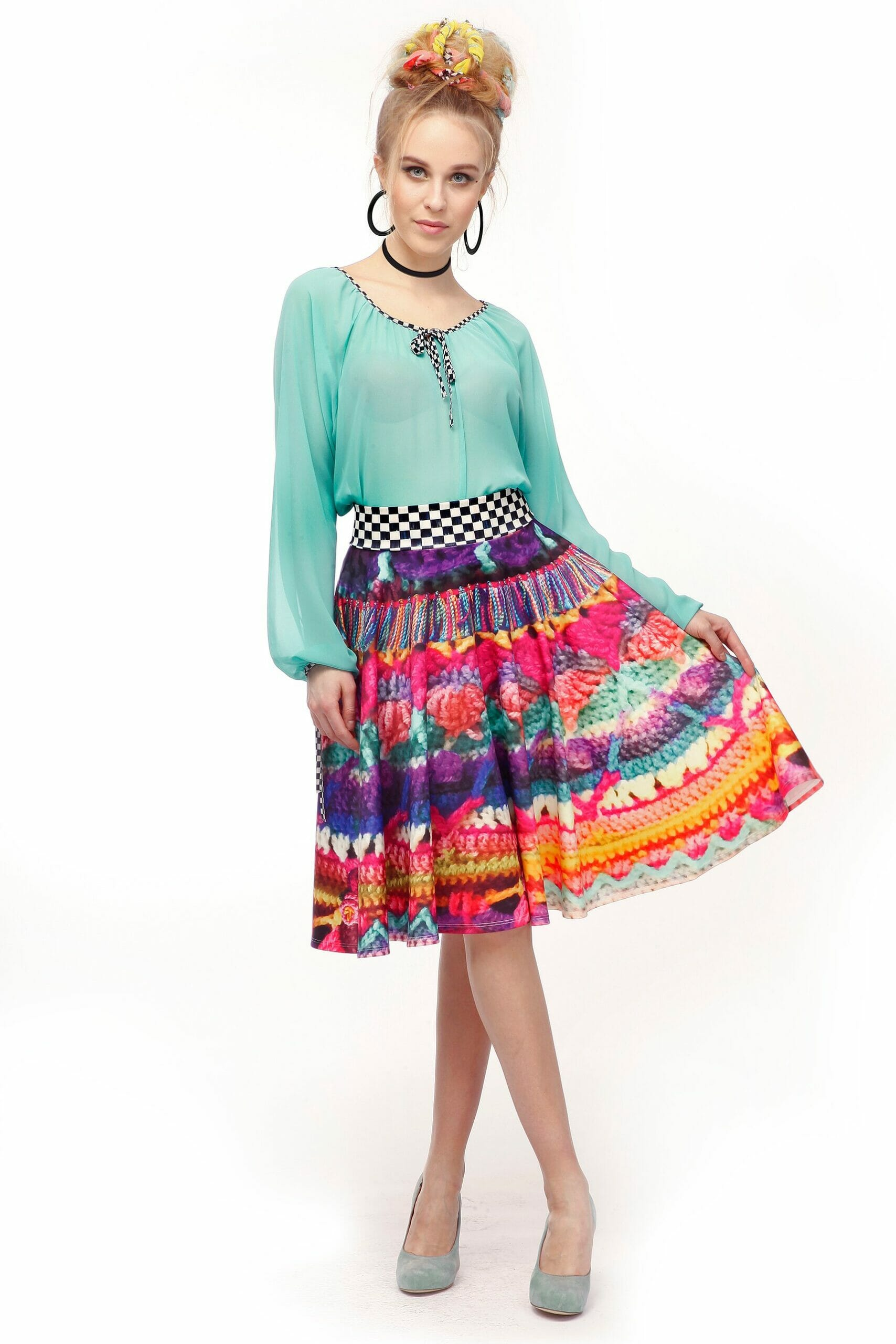 Girl-Skirt-scaled