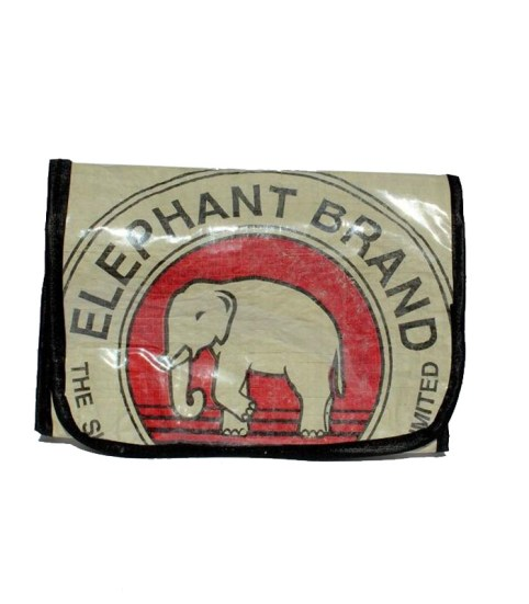 Elephant Brand Recycled Hanging Toiletries Bag 5