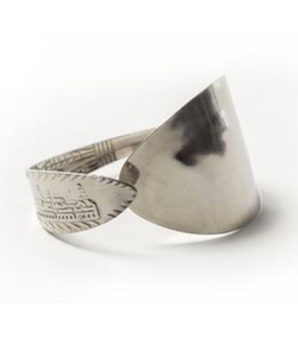 _0011_Metal Spoon Bracelet