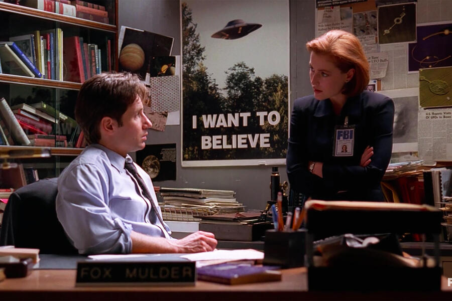 X-Files Mulder and Scully I want to Believe