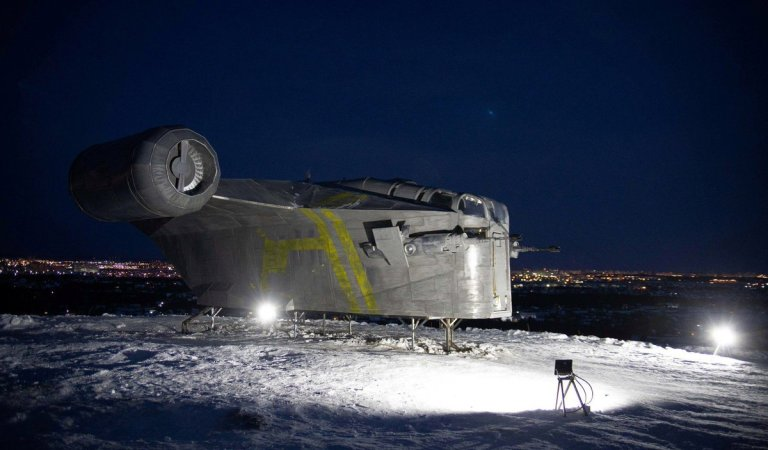 Star Wars fans in Siberia have built a replica of the spaceship from The #Mandalorian.