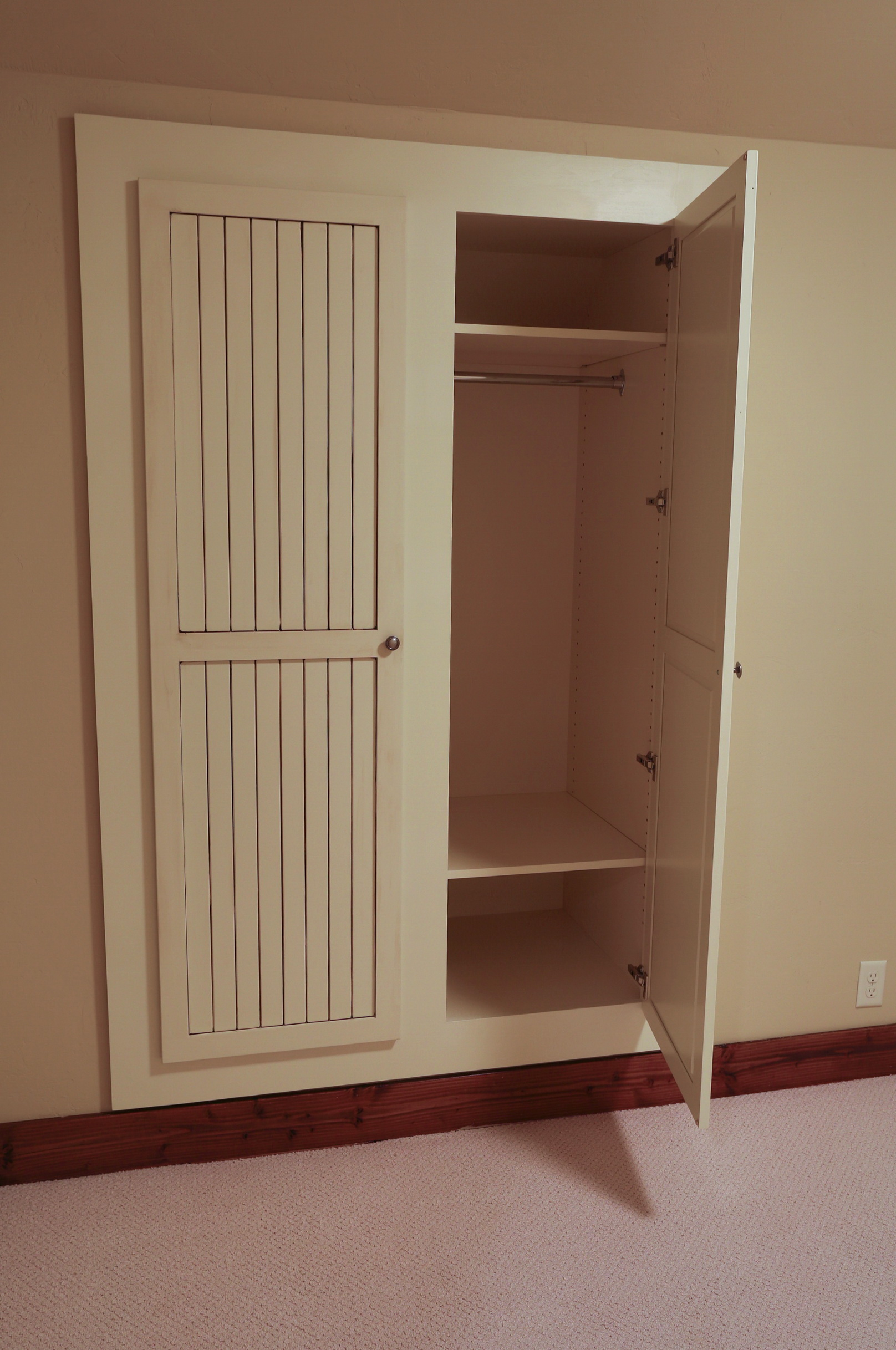 Built In Closets For Small Spaces  Home Design Ideas
