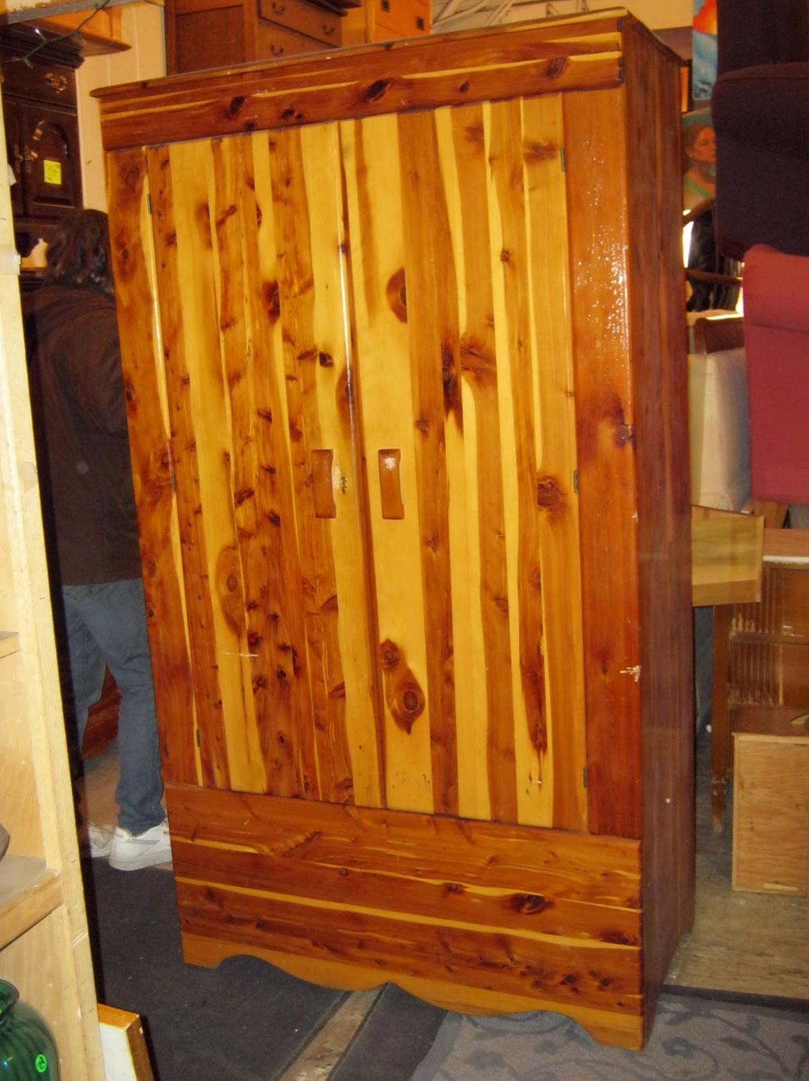 Antique Cedar Wardrobe Closet Home Design Ideas
