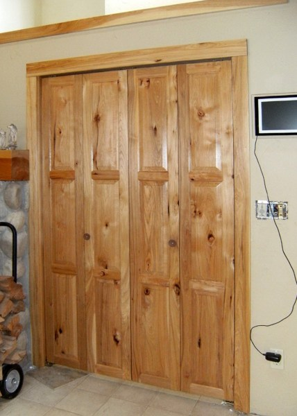 rustic bedroom closet doors Rustic Bifold Closet Doors | Home Design Ideas