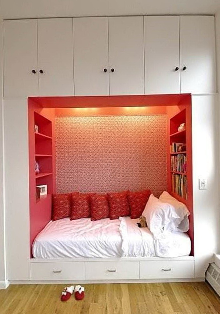 Small Bedroom Without Closet Ideas  Home Design Ideas