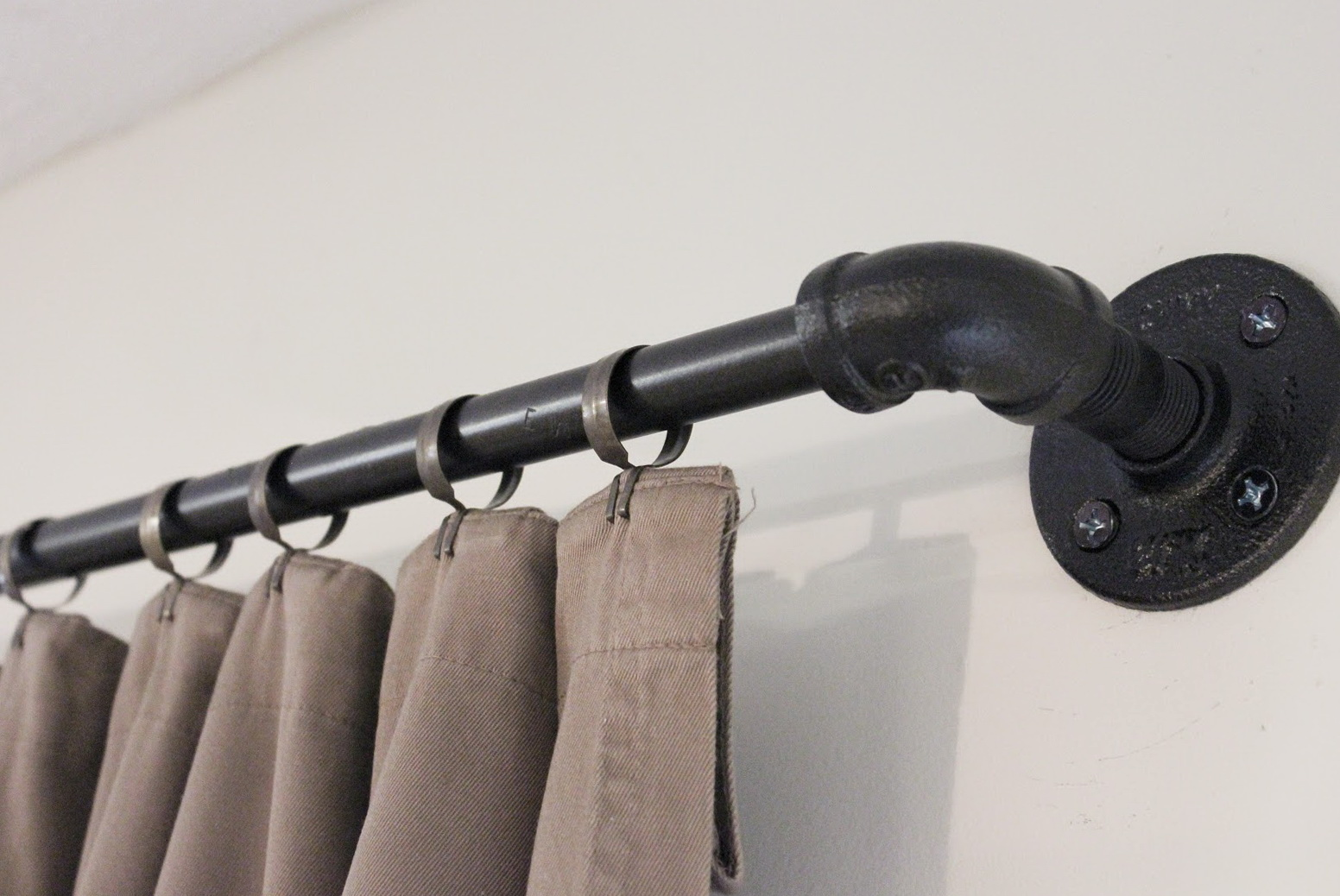 Metal Pipe Curtain Rods Home Design Ideas