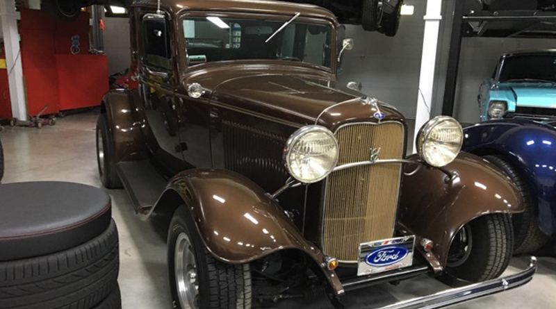 Wanamaker '32 Ford Collection - Brown Hard Top