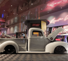 SEMA showed us that despite a recent tech boom, traditional hands-on hot rodding is still a beloved trend.