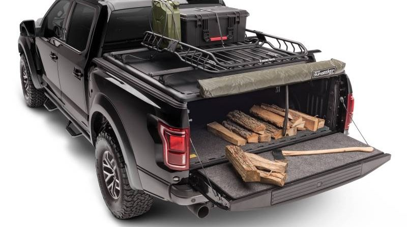 The Ridgelander Camping Accessory Kit addresses both the essentials and the conveniences.