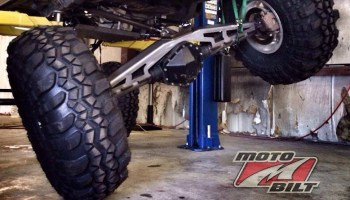 Street Car Setup: Solid Rear Axle vs Independent Rear Suspension