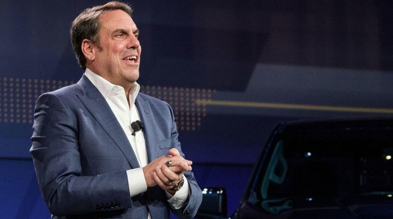 This week in Auto Industry News, GM names Mark Reuss as new president.