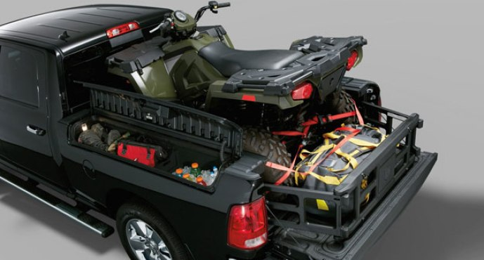 RAM carried over its innovative cargo management system, featuring lockable storage compartments built into the side of the bed. Great for stowing small cargo and emergency supplies, they're also illuminated.