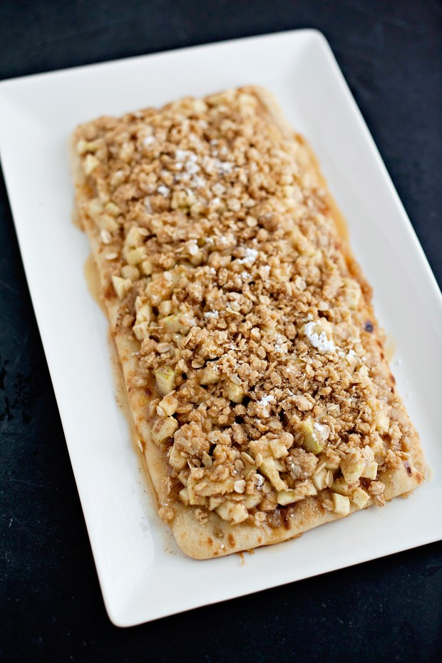 Salted Caramel Apple Crisp Flatbread - The Everyday Hostess