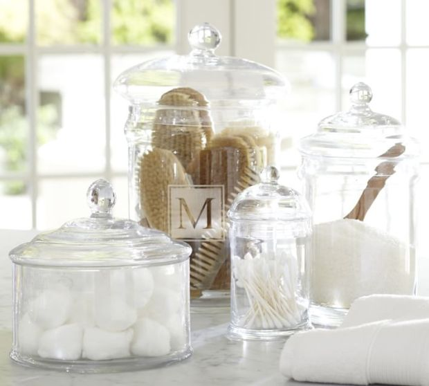 The Everyday Hostess - Guest Bathroom Accessories