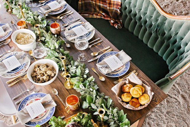The Everyday Hostess Thanksgiving Table from the Iman Project 20