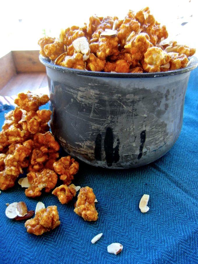 A sweet & savory snack: Smoked Paprika Caramel Corn at www.mybottomlessboyfriend.com