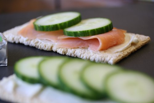3 Healthy & Quick Cucumber Snacks | http://www.carolinekaufman.com