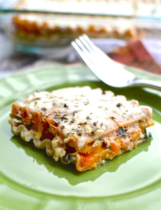 Autumn Lasagna with Butternut Squash and Spinach | www.mybottomlessboyfriend.com